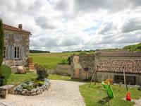 Maison à vendre à ROUILLAC en Charente - photo 9