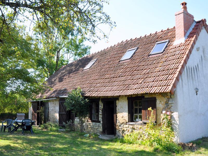 Maison à vendre à ST HILAIRE EN LIGNIERES(18160) - Cher
