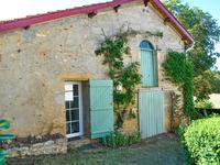 Maison à vendre à LE BUISSON DE CADOUIN en Dordogne - photo 8