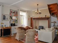 Maison à vendre à LE BUISSON DE CADOUIN en Dordogne - photo 1