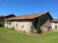 French property for sale in PRESSIGNAC, Charente - €36,000 - photo 3