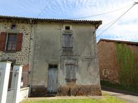 Maison à vendre à PRESSIGNAC en Charente - photo 1