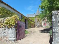 French property for sale in COULONGES THOUARSAIS, Deux Sevres - €278,200 - photo 2