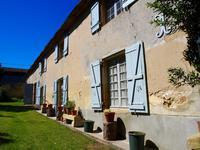 Chateau à vendre à  en Gironde - photo 2