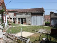 Maison à vendre à AUGE en Charente - photo 3