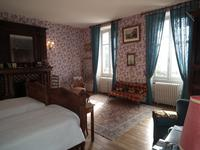 Chateau à vendre à FELLETIN en Creuse - photo 8