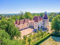 chateau for sale in ST GERMAIN DE SALLESAllier Auvergne