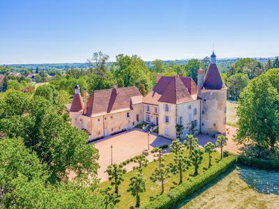 chateauin ST GERMAIN DE SALLES