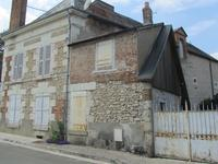 French property for sale in CHEVERNY, Loir et Cher - €424,000 - photo 4