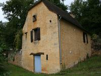 French property for sale in ST GENIES, Dordogne - €160,000 - photo 6