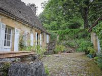 French property for sale in MONTIGNAC, Dordogne - €274,300 - photo 9