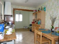 French property for sale in PINEUILH, Gironde - €98,100 - photo 3