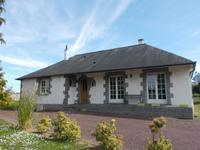 French property for sale in MAURE DE BRETAGNE, Ille et Vilaine - €149,900 - photo 1
