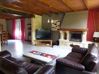 French property for sale in MOULIETS ET VILLEMARTIN, Gironde - €339,200 - photo 5