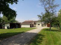 French property for sale in MOULIETS ET VILLEMARTIN, Gironde - €339,200 - photo 10