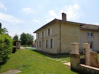French property, houses and homes for sale inMOULIETS ET VILLEMARTINGironde Aquitaine