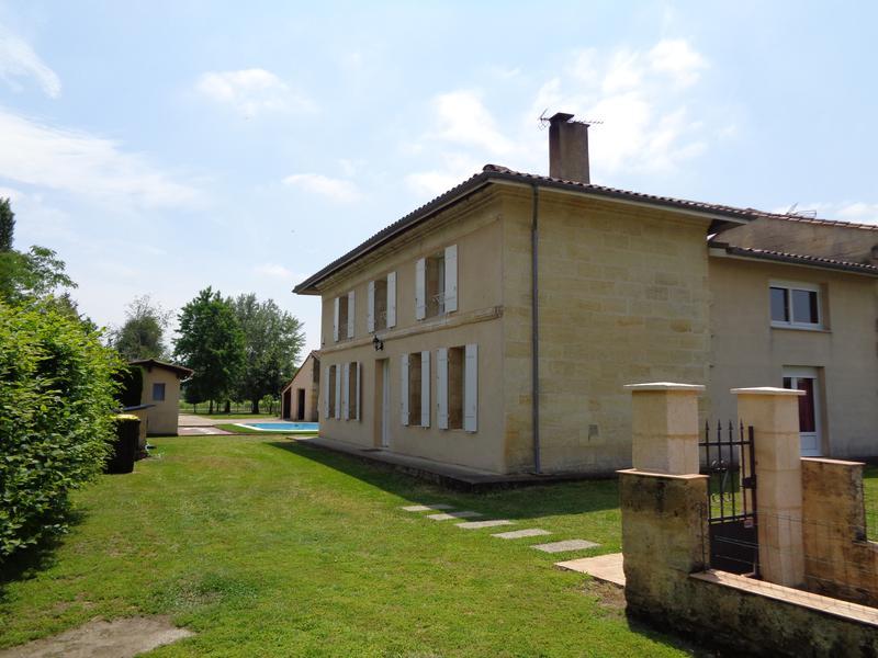 Maison à vendre à MOULIETS ET VILLEMARTIN(33350) - Gironde