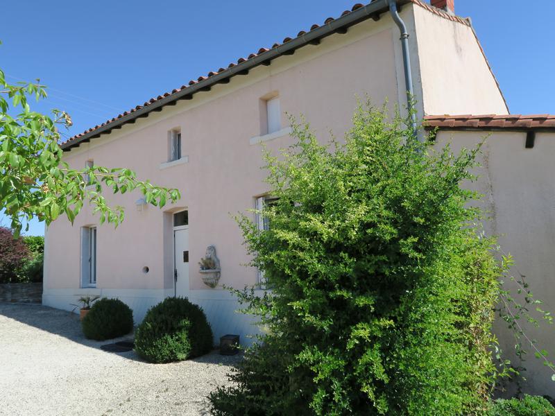 Maison à vendre à TILLOU(79110) - Deux Sevres