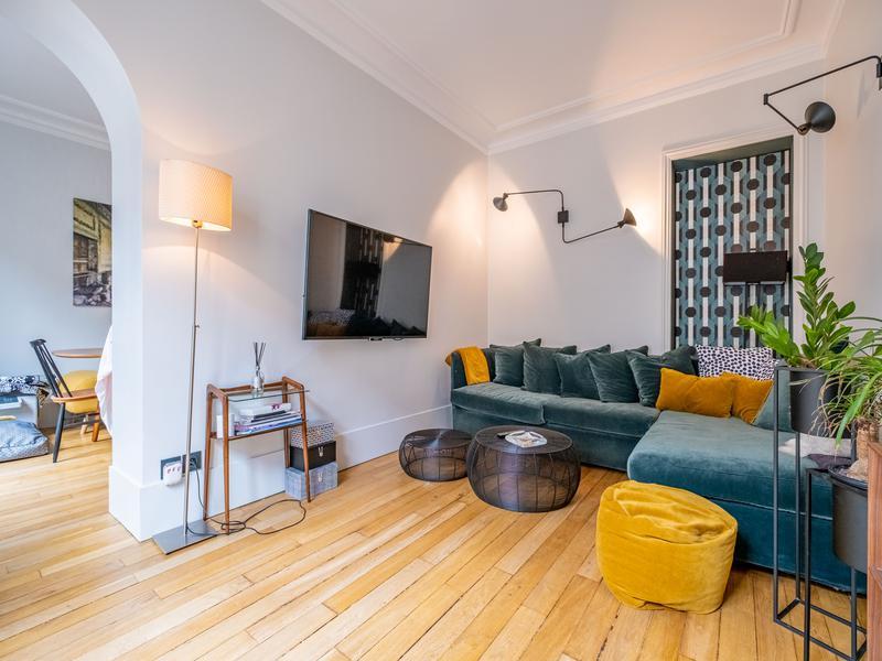 Appartement 3 pièces à vendre à PARIS VII (75007) -  Paris