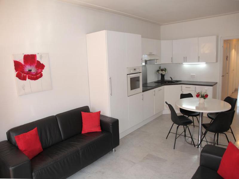 Appartement à vendre à  (06000) -  Alpes Maritimes