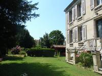 French property for sale in BLAYE, Gironde - €370,000 - photo 9