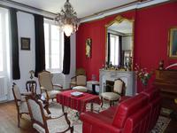French property for sale in BLAYE, Gironde - €370,000 - photo 2