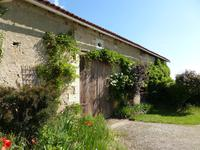French property for sale in YVIERS, Charente - €294,250 - photo 9