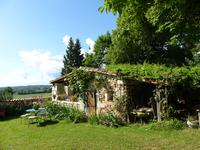 French property for sale in YVIERS, Charente - €294,250 - photo 3