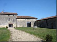 Maison à vendre à VERNEUIL en Charente - photo 1