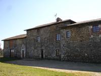 Maison à vendre à VERNEUIL en Charente - photo 3