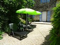 French property for sale in MONTMOREAU ST CYBARD, Charente - €399,000 - photo 5