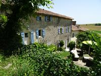 French property for sale in MONTMOREAU ST CYBARD, Charente - €399,000 - photo 1