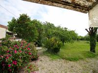 French property for sale in BAGNIZEAU, Charente Maritime - €125,350 - photo 7