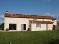 French property for sale in SOMMIERES DU CLAIN, Vienne - €224,700 - photo 2