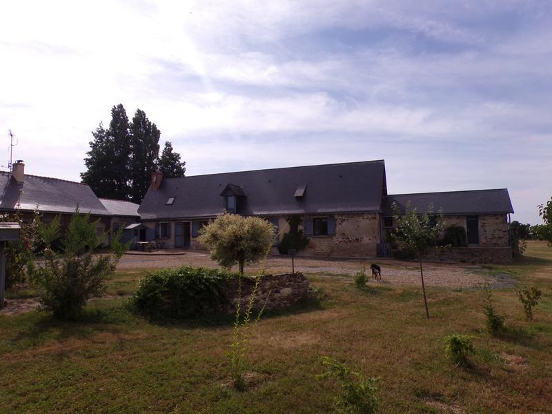 Maison à vendre à CHATEAUNEUF SUR SARTHE(49330) - Maine et Loire