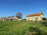 French property for sale in LE VIGEANT, Vienne - €184,140 - photo 1