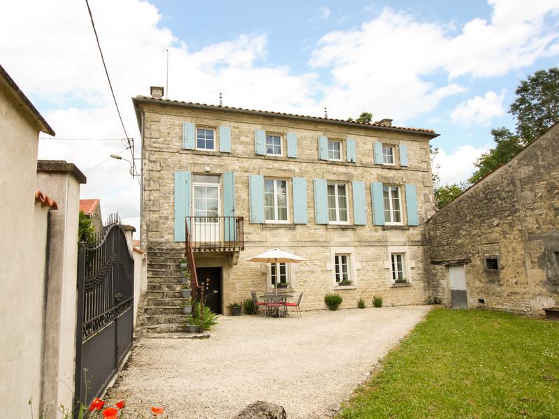 Maison à vendre à AULNAY(17470) - Charente Maritime