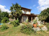 French property for sale in MONTLIEU LA GARDE, Charente Maritime - €349,800 - photo 2