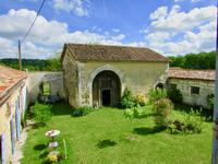 French property for sale in VILLEBOIS LAVALETTE, Charente - €317,200 - photo 5