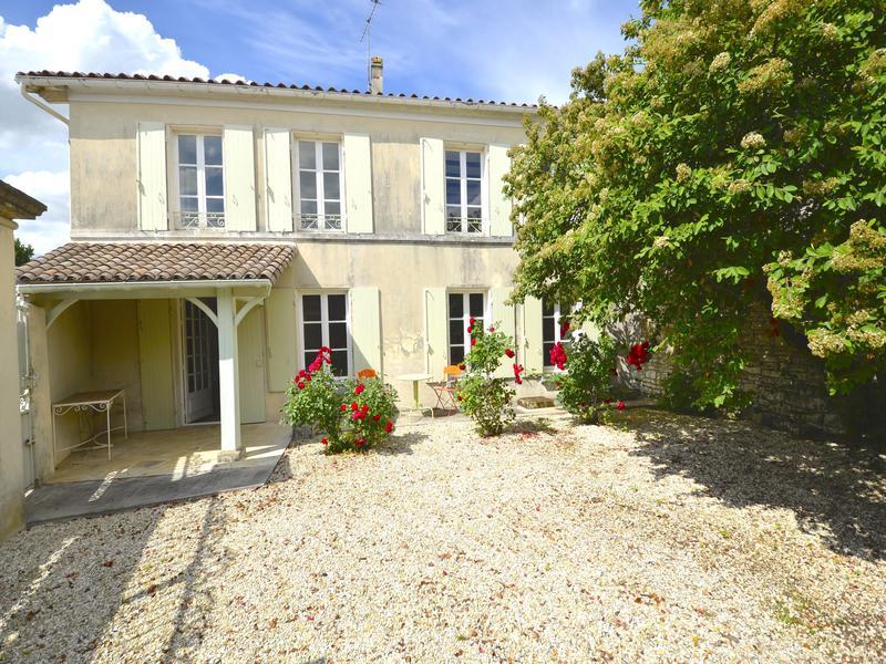 Maison à vendre à BRESDON(17490) - Charente Maritime