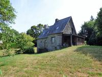 French property for sale in CHAMPEON, Mayenne - €149,875 - photo 2