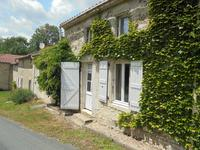 French property for sale in LA CAILLERE ST HILAIRE, Vendee - €152,600 - photo 2