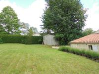 French property for sale in LA CAILLERE ST HILAIRE, Vendee - €152,600 - photo 10