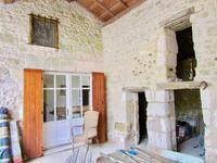 French property for sale in VILLEBOIS LAVALETTE, Charente - €125,000 - photo 3