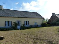 French property for sale in LANOUEE, Morbihan - €65,000 - photo 3