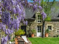 French property for sale in ROCHEFORT EN TERRE, Morbihan - €1,050,000 - photo 2