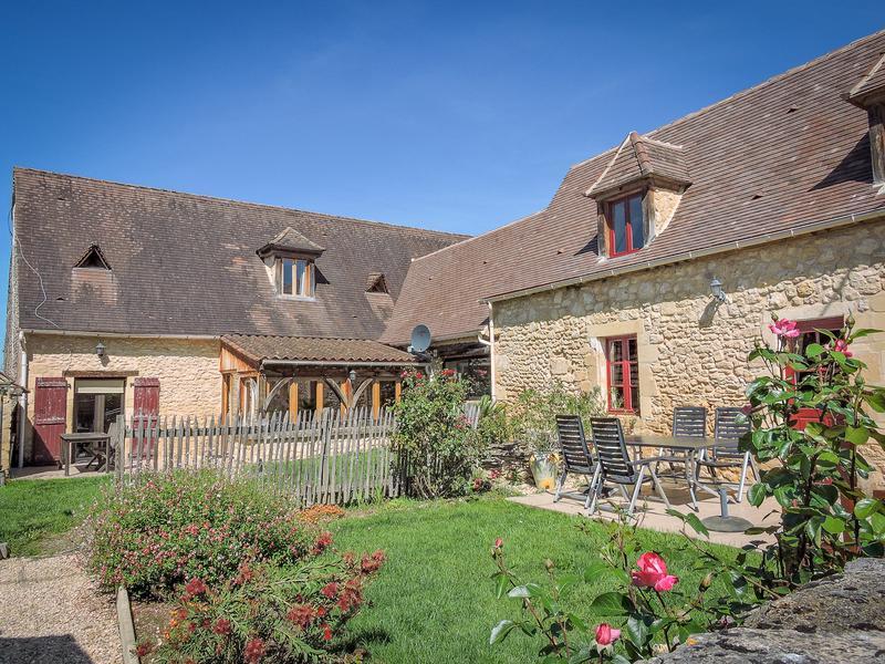 Commerce à vendre à LE BUGUE(24260) - Dordogne