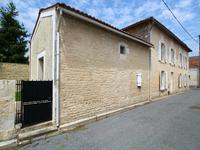 French property for sale in FONTAINE CHALENDRAY, Charente Maritime - €130,800 - photo 4