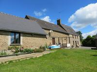 French property for sale in CARELLES, Mayenne - €187,000 - photo 2