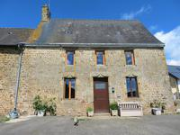 French property for sale in CARELLES, Mayenne - €187,000 - photo 1